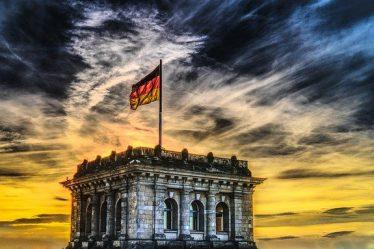 ألمانيا قانون هجرة العمال المتخصصة
